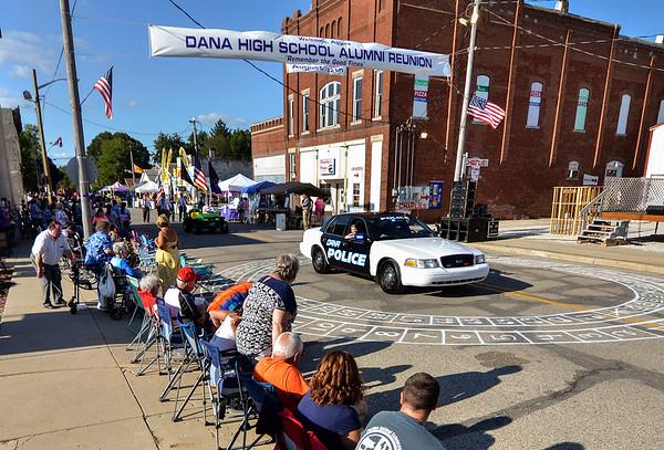 MET 081317 Dana Parade