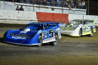 Brandon Sheppard (B5) and Garrett Alberson (F5)