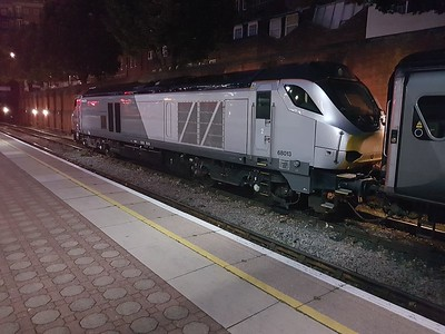 68013 stabled at Marylebone.
