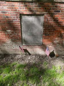 Robert Paine gravesite