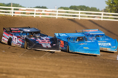 Scott Ward (37), Dennis Erb, Jr. (28) and Kyle Bronson (40B)