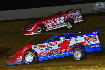 Earl Pearson, Jr. (1) and Bobby Pierce (32)