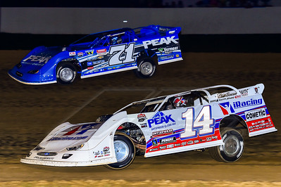 Darrell Lanigan (14) and Hudson O'Neal (71)