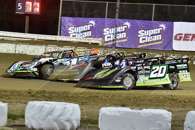 Jimmy Owens (20), Darrell Lanigan (14) and Josh Richards (1)