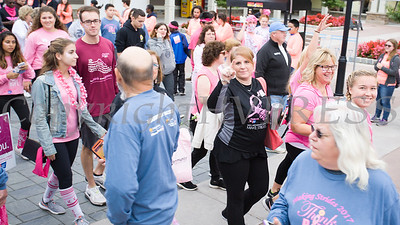 Lynn Haskin joins with thousands of people, including cancer survivors, their families and businesses, who participated in the annual American Cancer Society Making Strides Against Breast Cancer walk at Woodbury Common Premium Outlets in Central Valley, NY on Sunday, October 15, 2017. Hudson Valley Press/CHUCK STEWART, JR.