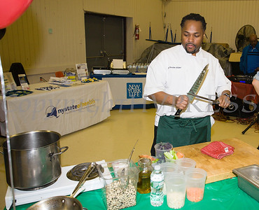 Chef Brandon Walker, owner/head chef of Essies restaraunt, offers a healthy cooking demonstration as the Poughkeepsie Healthy Black and Latino Coalition celebrated Black History Month with a Healthy Living Expo at the Catherine Street Community Center in Poughkeepsie, NY on Saturday, February 25, 2017. Hudson Valley Press/CHUCK STEWART, JR.
