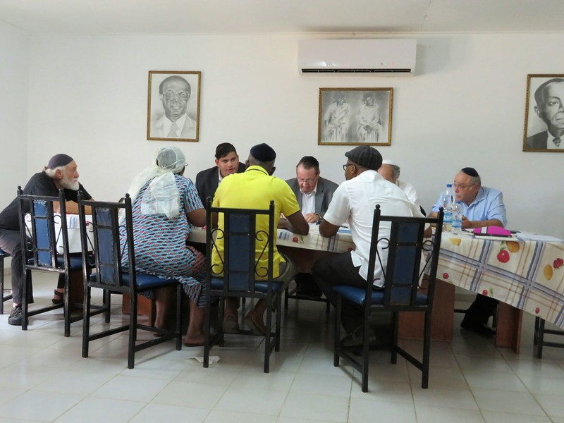 Rabbinic court - beit din - meets with a family in Côte D'Ivoire