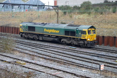 66571 0912/0F33 Crewe-Runcorn Lane passing Crewe Salop.