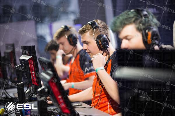 RainboxSix_ProLeagueS1_Finals_Pawel_Bastrzyk__BS53520