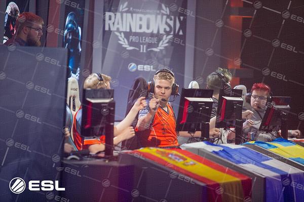 RainboxSix_ProLeagueS1_Finals_Pawel_Bastrzyk_5D3_3903