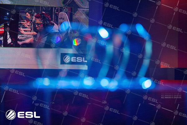 RainboxSix_ProLeagueS1_Finals_Pawel_Bastrzyk_5D3_3897