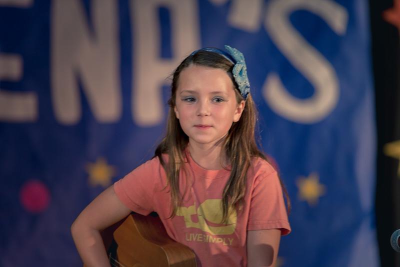 170427 Micheltorenas Got Talent-8684