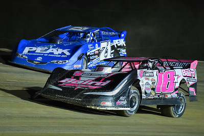 Michael Page (18) and Hudson O'Neal (71)