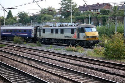 90044 0719/1E39 Inverness-Kings Cross with the mornings 2nd diverted sleeper train of the morning.