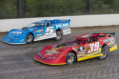 Tim McCreadie (39) and Don O'Neal (5)