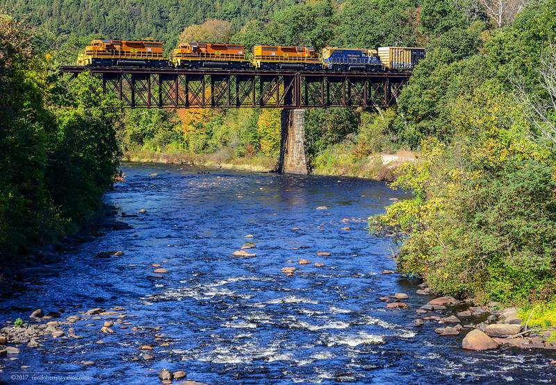 Southbound NECR 610 crossing the Millers Falls High Bridge on October 13, 2017.