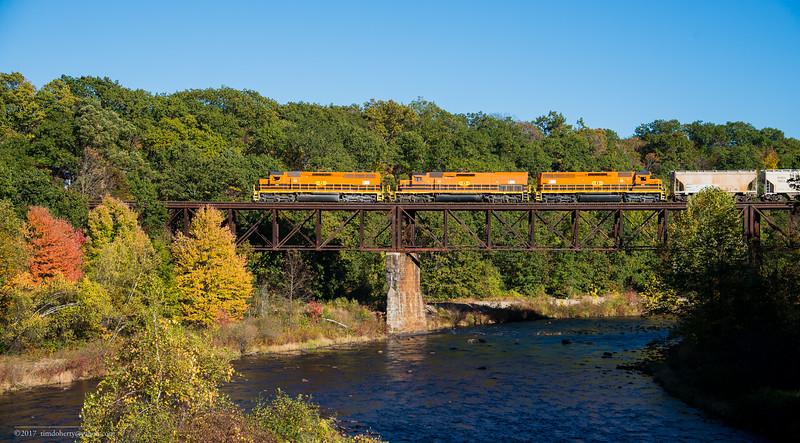 Northbound NECR train 611 on the Millers Falls High Bridge.