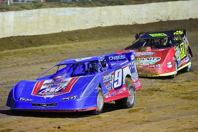 Devin Moran (9) and Billy Moyer, Jr. (21JR)