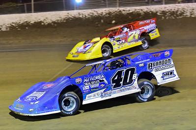 Kyle Bronson (40B) and RJ Conley (71C)