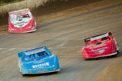 Kyle Bronson (40B), Bobby Pierce (32) and Brandon Overton (116)