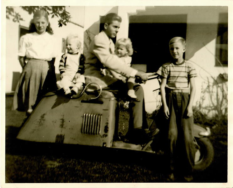 Griffin Family on Scooter 1952 Inglewood CA