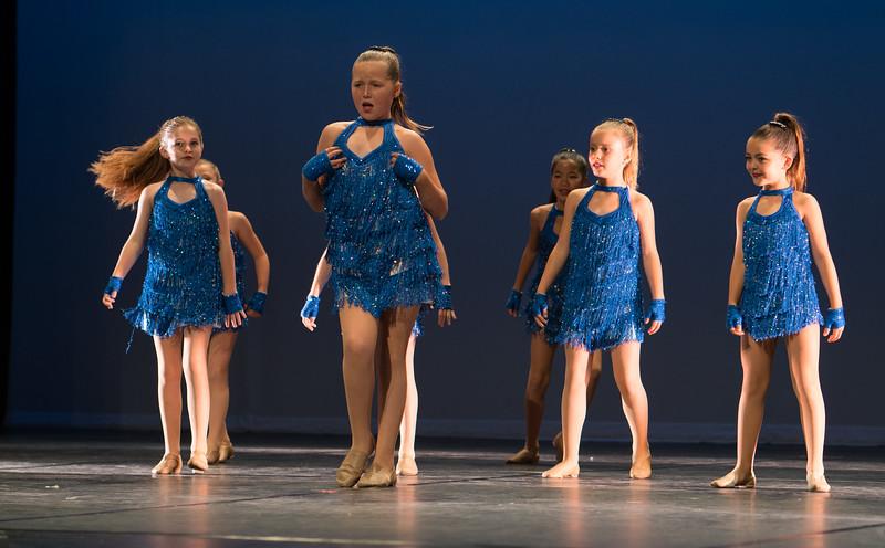 Gwen Can Dance-2