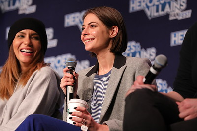 Heroes and Villians FanFest San Jose with @katrinalaw @Willaaaah @JulianaHarkavy  #HVFF @heroesfanfest WOMEN OF ARROW: Katrina Law, Juliana Harkavy, & Willa Holland