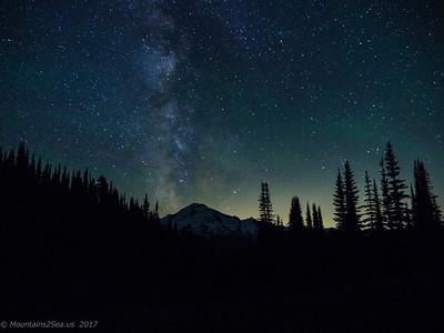Milky Way over Glacier Peak