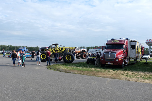Inspira Monster Trucks