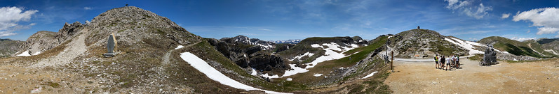 "Panorama at the summit - <a href=""https://photos.google.com/photo/AF1QipMl6IZzBalut2gR1-H8iA0wBuPhDJie88iFJUE"" target=""_blank"">Google Photos link</a>"