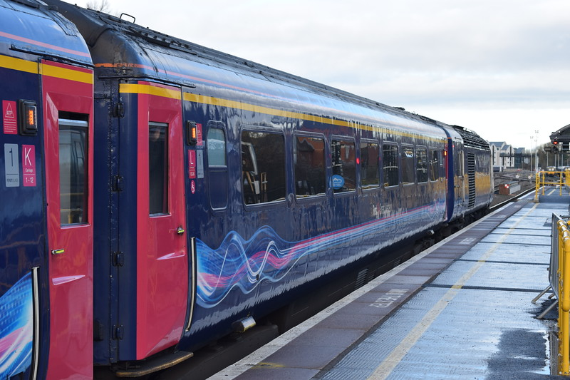 GWR Mark 3 first class carriage in the consist of the 10:31 Oxford-Paddington HST.