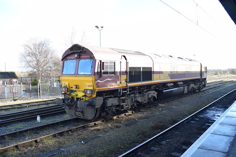 DB Cargo Class 66 no. 66019 at Didcot Parkway.