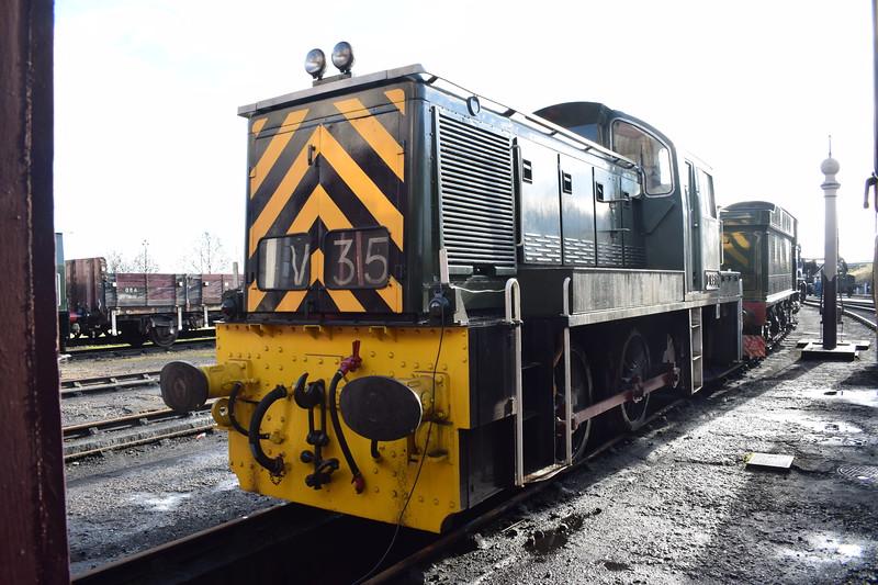 Class 14 no. D9516 at Didcot Railway Centre.