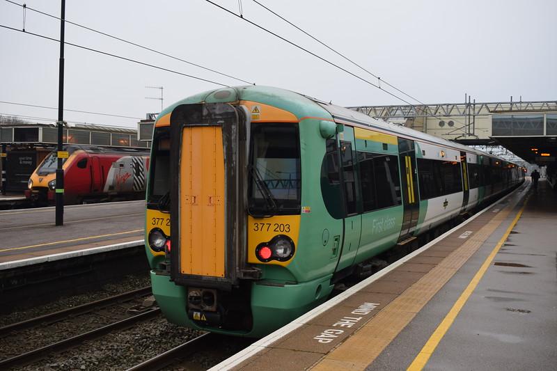 Southern Class 377 Electrostar no. 377203 at Milton Keynes Central on on a Croydon service.