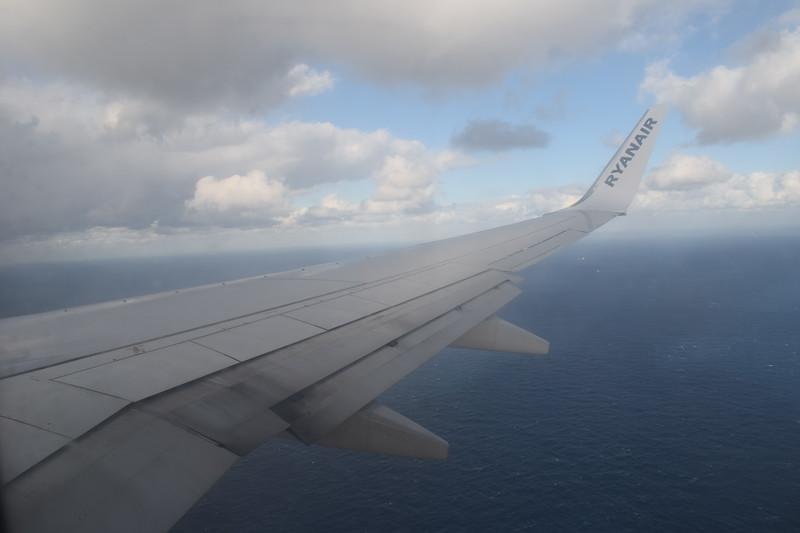 Flying from Birmingham to Malta on Ryanair Boeing 737-800 EI-EMR.