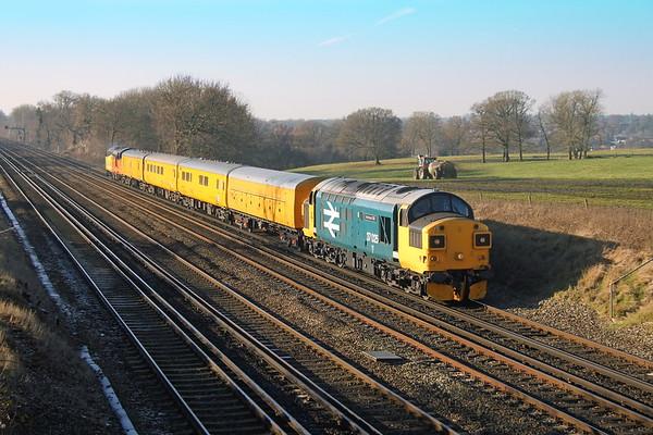 37025 Potbridge 19/01/17 1Q54 Eastleigh to Hither Green