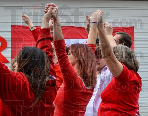 MET 012217 HANDS UP