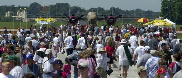 MET 071203 AIR SHOW FILE