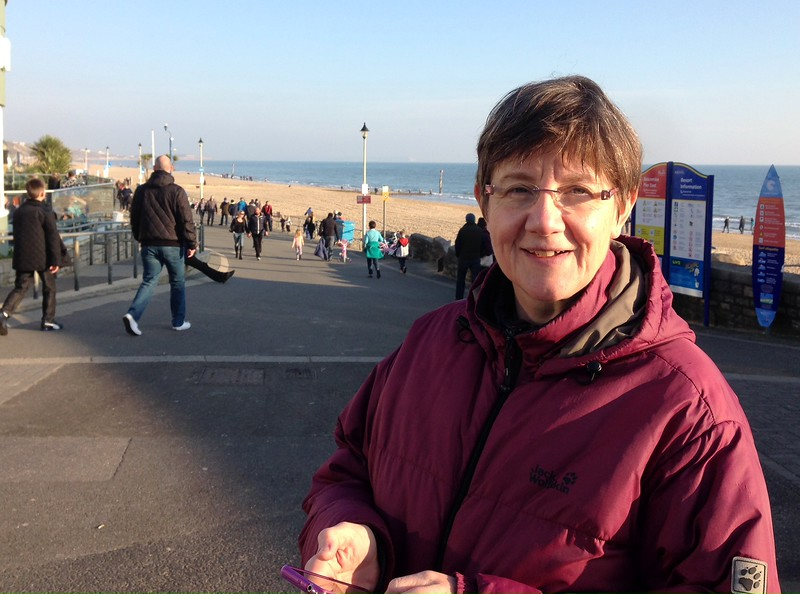 Sunday afternoon stroll at Boscombe Beach