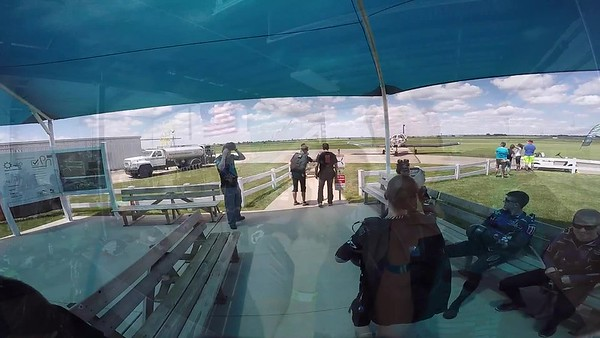 1352 Amber Misiowiec Skydive at Chicagoland Skydiving Center 20170701 Dan K