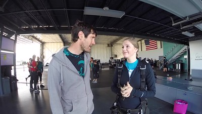 0840 Hannah Wells Skydive at Chicagoland Skydiving Center 20170701 Dan K Amy