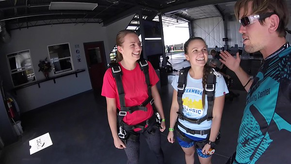1642 Kristin Fehr Skydive at Chicagoland Skydiving Center 20170715 Eric S Eric S