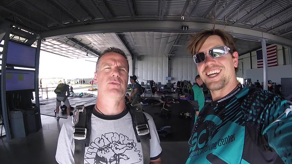 1759 Mark Steffen Skydive at Chicagoland Skydiving Center 20170715 Eric Eric