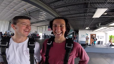 1537 Jared Siegel Skydive at Chicagoland Skydiving Center 20170716 Chris Chris
