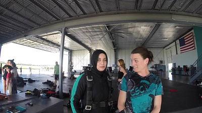 1911 Fatima Abidi Skydive at Chicagoland Skydiving Center 20170724 Jo Amy