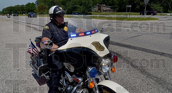 MET 071617 COPS PLASSE
