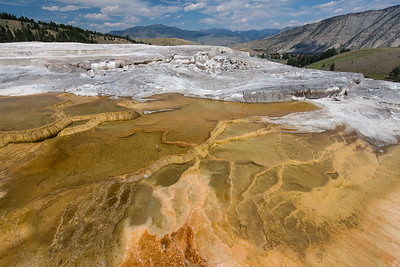 Yellowstone: Mammoth and Boiling River