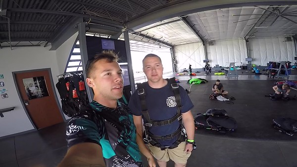 1758 Calvin Pickup Skydive at Chicagoland Skydiving Center 20170602 Cody