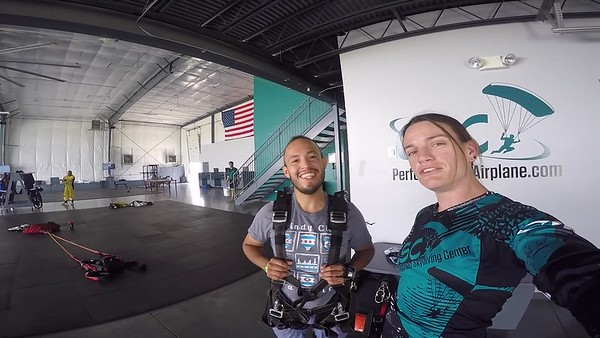 1422 Gio Lara Skydive at Chicagoland Skydiving Center 20170622 Jo