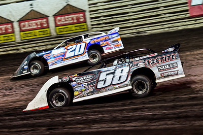 Rodney Sanders (20) and Dave Eckrich (58E)